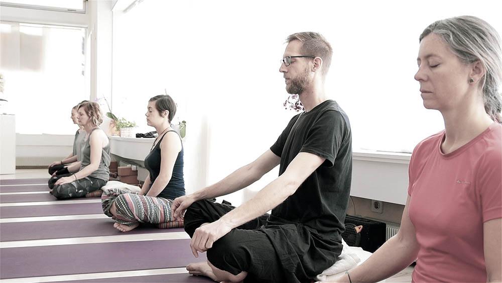 groupe cours de yoga