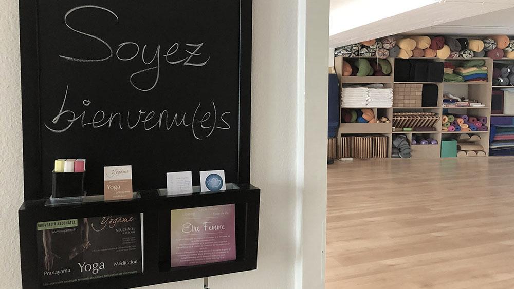 Halle de la salle des cours de yoga à Neuchâtel